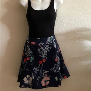 🔥NWT Do & Be Floral skirt 🔥